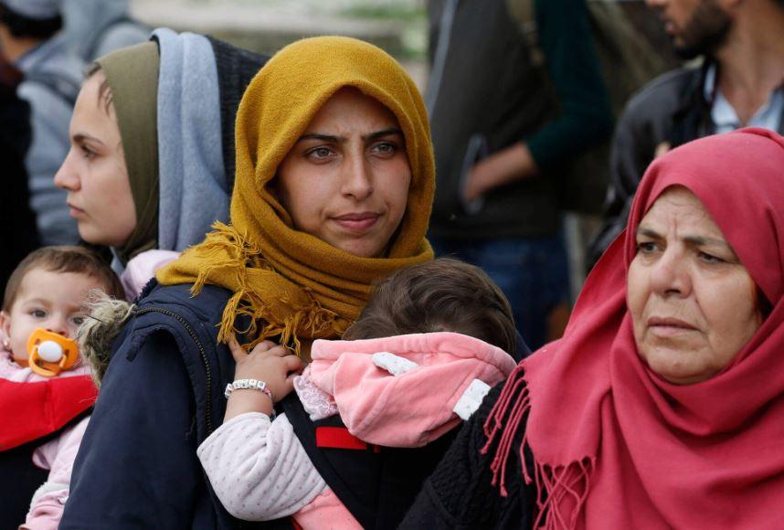 femmes-refugiees-c-caritas-international-web.jpg