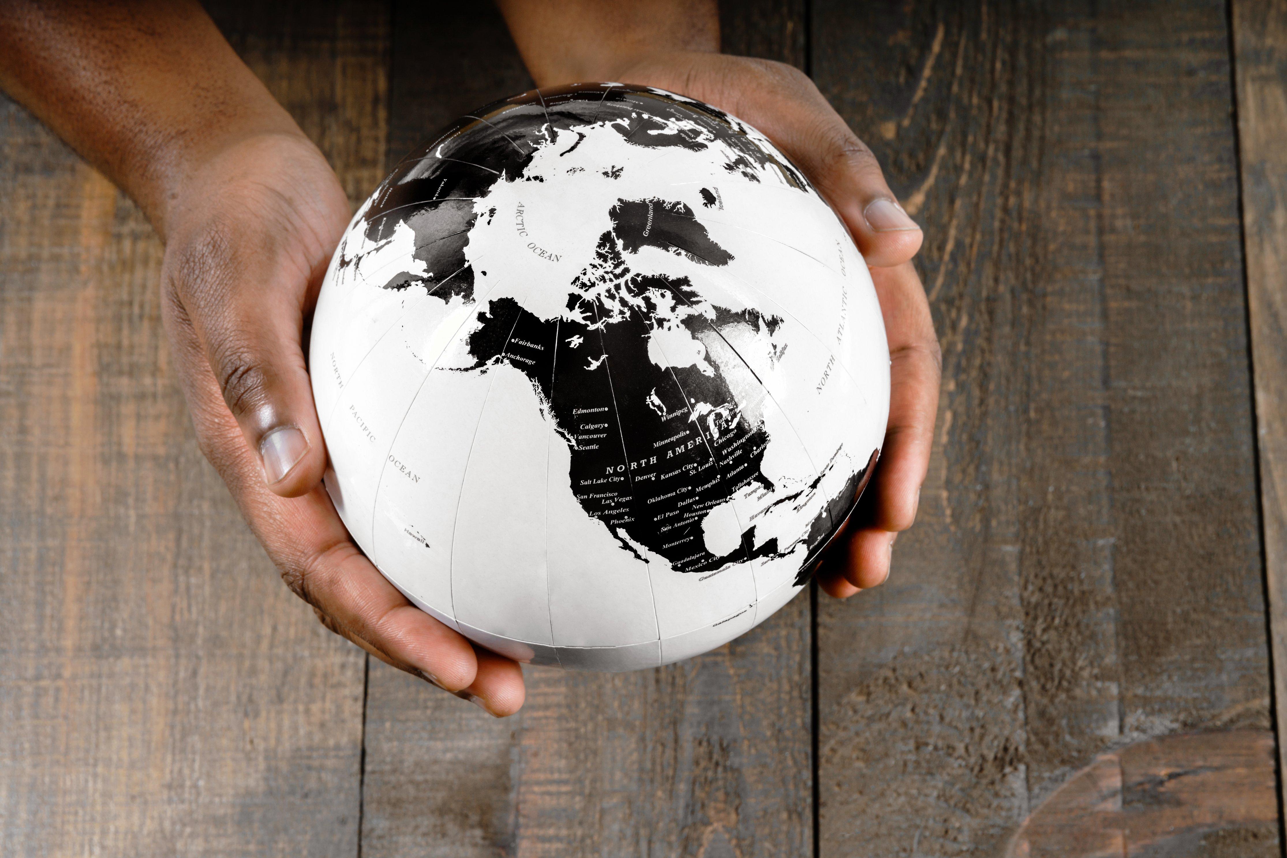 earth-in-hands_4460x4460-4.jpg