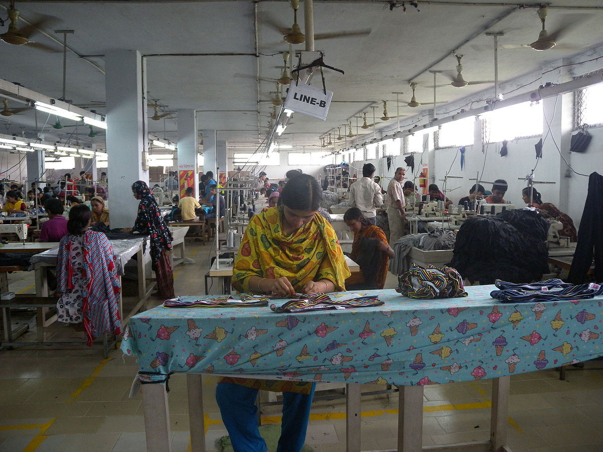 1200px-garment_factory_in_bangladesh_women_working-3.jpg