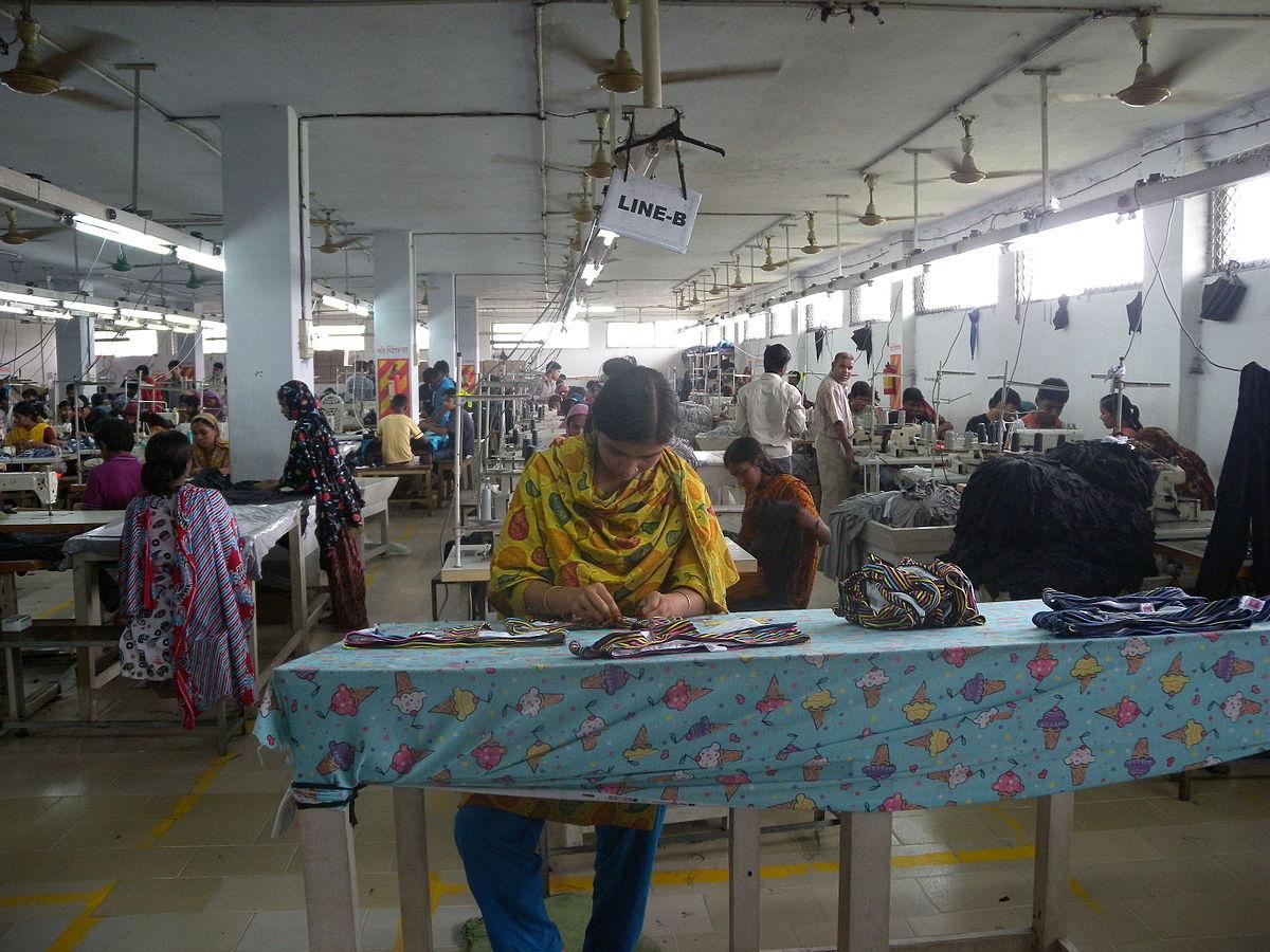 1200px-garment_factory_in_bangladesh_women_working-4.jpg